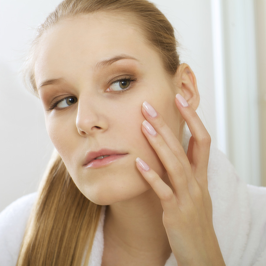 mujer cuperosis-rosacea-dehesia-econatural-banner